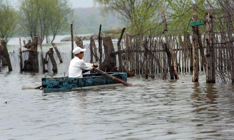 Cum poţi primi despăgubiri în caz de inundaţii. Câţi bani poţi să iei şi de ce acte ai nevoie