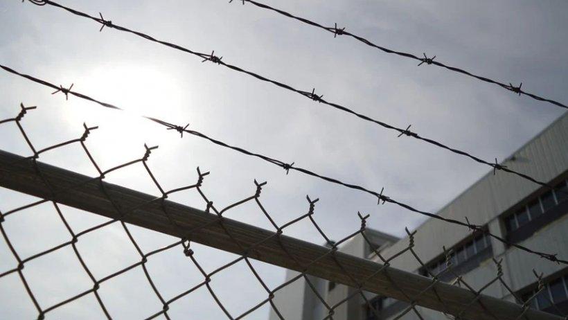 Deținuții din penitenciarul Rahova mănâncă mai bine decât mulți români. S-a aflat ce au în meniu criminalii