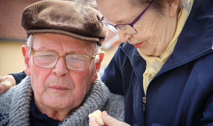 PENSII 2020. Guvernul se pregătește să majoreze pensiile. Cu cât ar putea crește