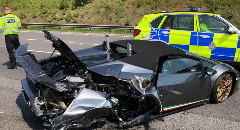 Un Lamborghini nou a fost făcut praf într-un accident, la 20 de minute după ce a fost cumpărat. Cum s-a întâmplat