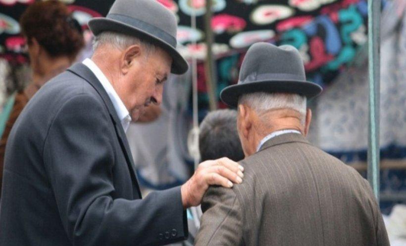 Ei sunt specialii României. Cumulează și câte patru pensii și ajung la venituri de peste 10.000 de euro. Unde lucrează acum