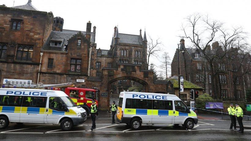 Posibil atac terorist în centrul oraşului Glasgow. Cel puţin trei oameni au fost uciși