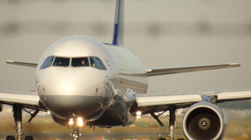 Au scăzut prețurile la biletele de avion spre anumite țări. Vezi unde poți călători fără probleme și cu bani puțini