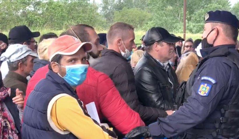 Peste 60.000 de oameni au intrat în România, în ultimele 24 de ore, iar peste 2.000 au fost trimiși în izolare sau carantină