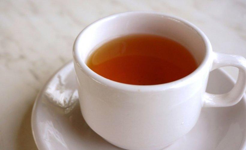 Ceaiul pe care trebuie să-l bei când începi să uiţi. O ceaşcă pe zi stimulează conexiunile creierului! (STUDIU)