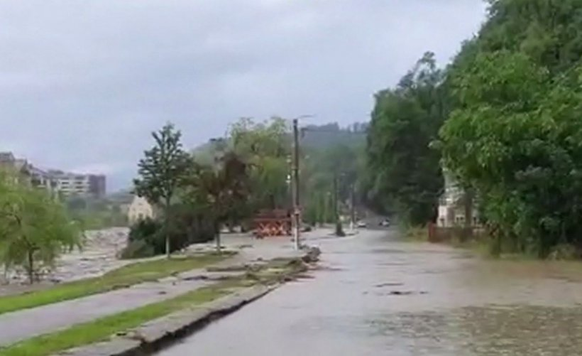 Dezastru după inundații! Încă o lovitură pentru oamenii loviți de ape