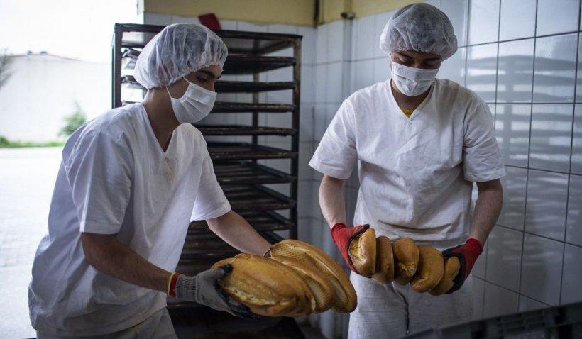 """Un bărbat din Huși a cumpărat toată pâinea de la un magazin din oraș: """"Nu am întâlnit niciodată o asemenea idee"""""""