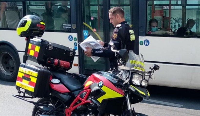 Povestea paramedicului SMURD care a salvat o bătrână și a fost aplaudat pe stradă, în București
