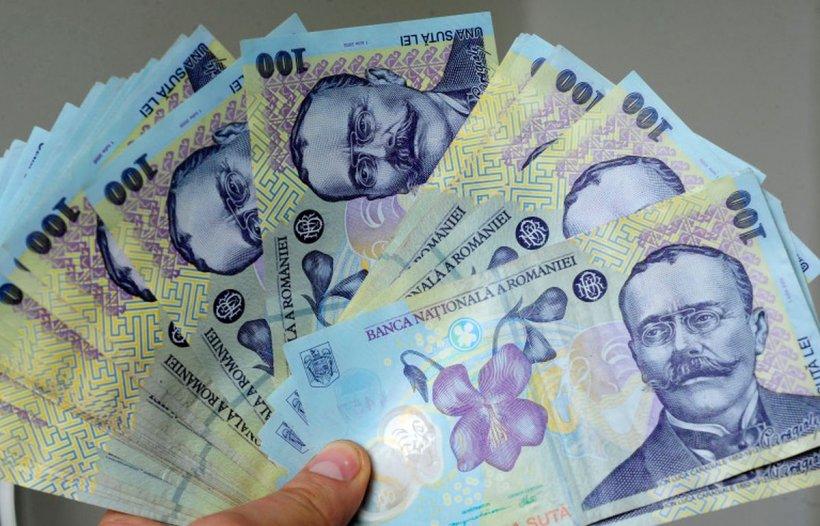 Veste bună pentru toți românii. Salariul minim pe economie s-ar putea dubla. Decizia, la mâna CCR