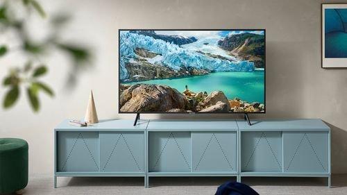 eMAG reduceri. 3 televizoare 4K Ultra HD cu diagonala mare, reduse si cu 66%