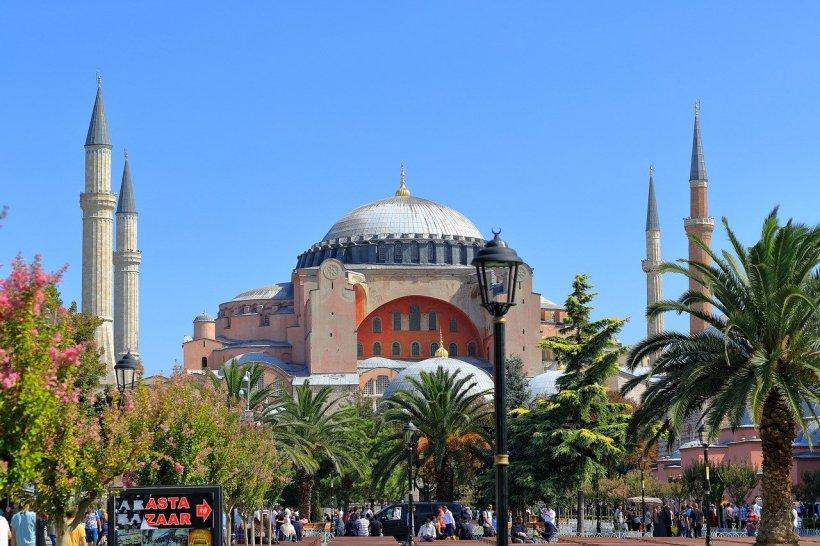 Instanța din Turcia stârnește controverse la nivel mondial. Celebra Hagia Sofia nu mai este muzeu
