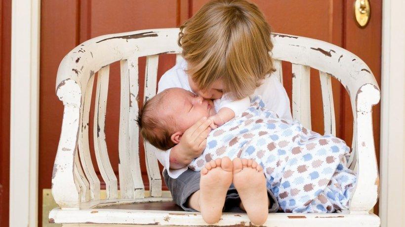 """Toate mamele trebuie să știe asta când vine vorba de copiii lor! Dr. Vlad Dima atenționează: """"Nu trebuie făcută într-o manieră agresivă"""""""