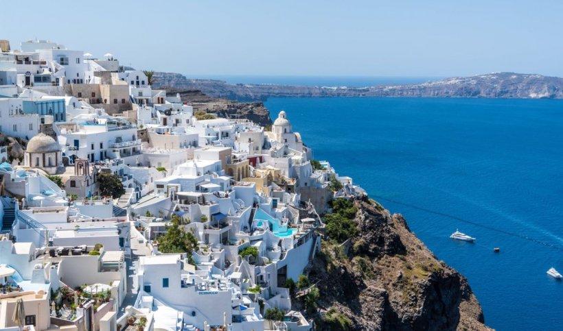 Veste-șoc din partea autorităților elene! Românii nu mai pot intra în Grecia fără rezultatul negativ al testului pentru COVID-19