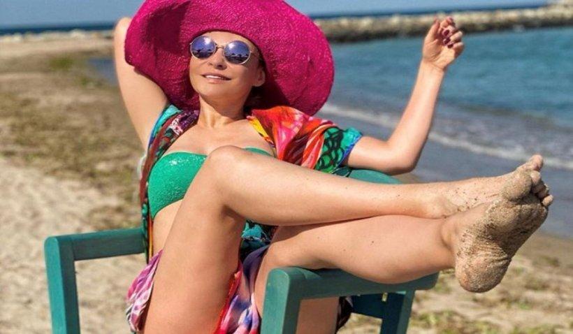 """Adina Buzatu rupe tăcerea despre petrecerea vedetelor de la mare: """"Am făcut acest lucru benevol, pentru a-mi liniști prietenii"""""""
