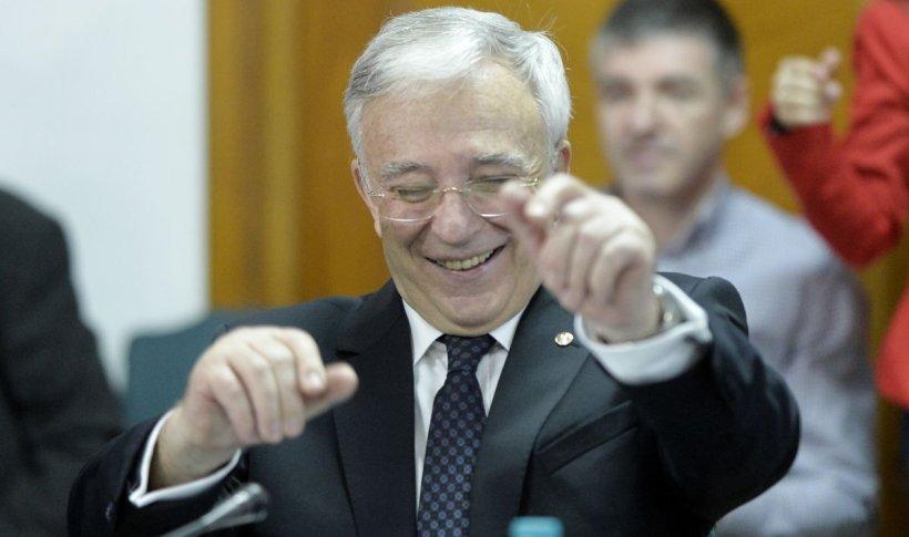 La cât a ajuns pensia lui Mugur Isărescu. A crescut enorm în ultima perioadă