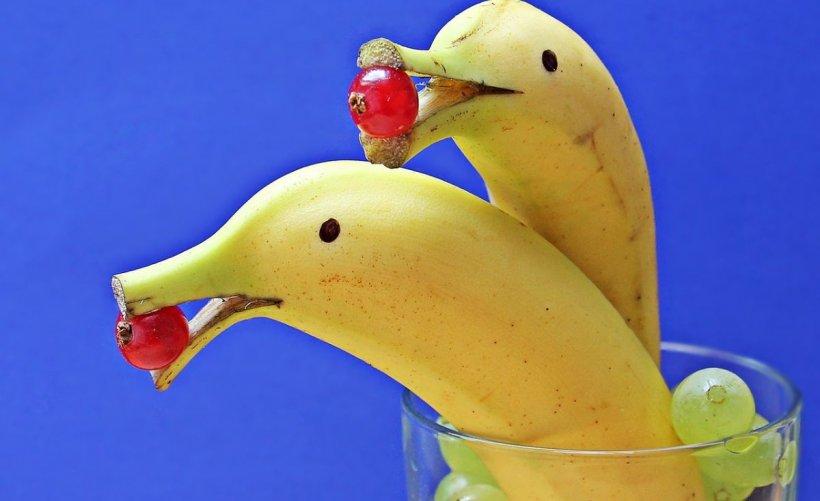 De ce nu e bine să mănânci banane vara? Secretul dezvăluit de medici şi la care nici nu ne gândeam