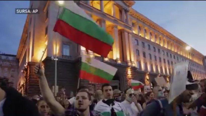 Un nou protest de amploare în Bulgaria! Mii de manifestanți au ieșit în stradă să-și strige nemulțumirile