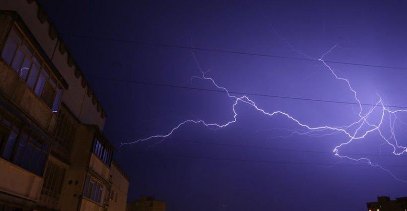 Meteorologii avertizează! Vreme extremă în peste jumătate din țară