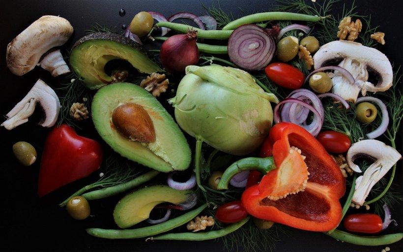 Salata de post care îți va ține de foame o zi întreagă datorită ingredientului secret! Rețeta care se prepară în numai câteva minute