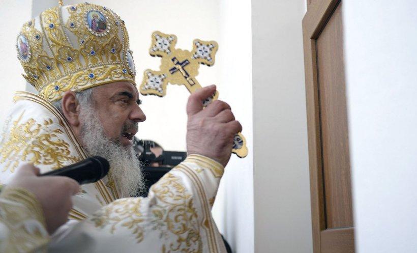 Cum a apărut Patriarhul Daniel la un eveniment public, în plină pandemie - GALERIE FOTO
