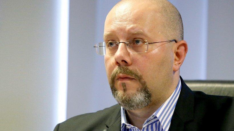 """Viceprimarul Capitalei, acuzații grave la adresa lui Robert Negoiță: """"Cel cu BAC chinuit la 33 de ani, facultate la Bioterra, vai steaua lui"""""""