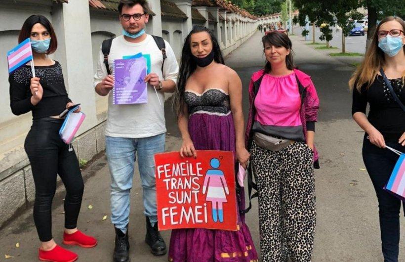 Antonella Lerca, primul candidat transgender din România, și-a trasat temele de campanie. Ce spun oamenii