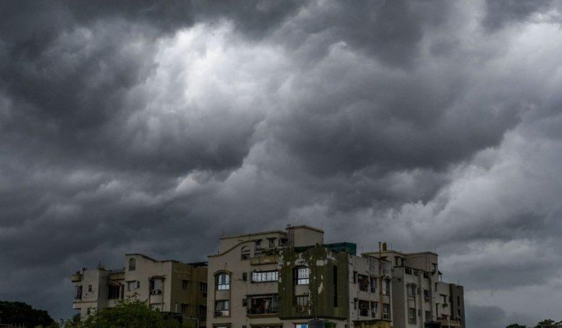 METEO. Avertizare de la ANM! Fenomenele meteo extreme continuă în aceste zone în țară