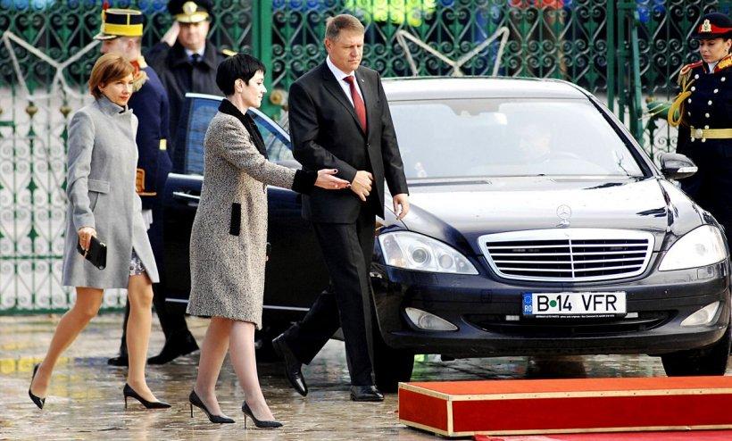 Cât de bogată e femeia din umbra lui Klaus Iohannis. Ce salariu câştigă Delia Dinu de la Administraţia Prezidenţială şi ce avere are - GALERIE FOTO