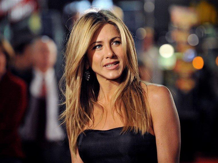 Dieta minune a celebrei Jennifer Aniston. Slăbește 10 kg în 5 zile fără înfometare. Orele la care consumă alimentele