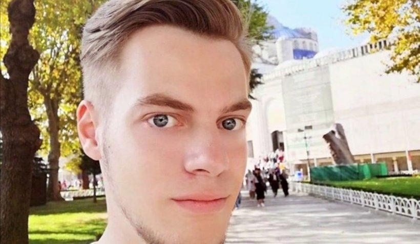 """Fiul unui preot din Iași a murit înecat în mare, la Olimp: """"Sufletul lui tânăr a zburat la Cer"""""""