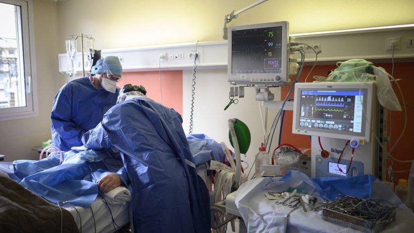 Managerul Spitalului Vaslui, internat în stare gravă, cu suspiciune de COVID. Cum a ajuns în această situaţie