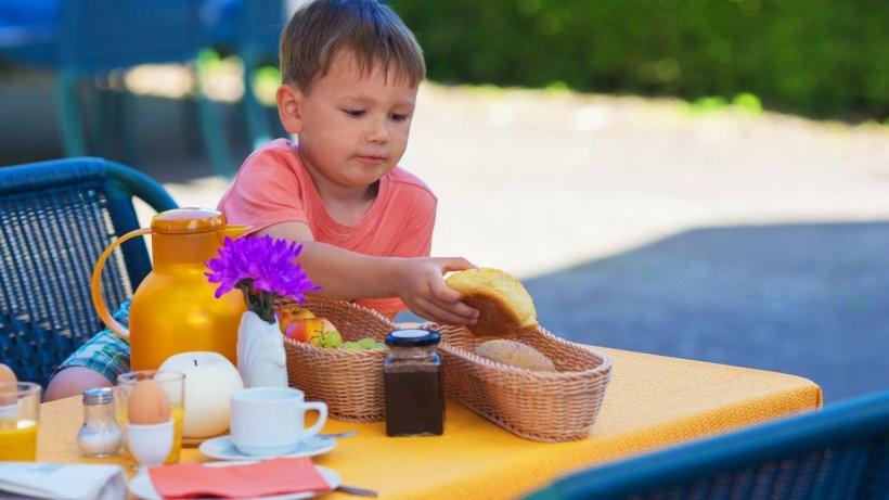 Dr. Irina Antonescu, despre meniul copilului care suferă de dureri de burtă