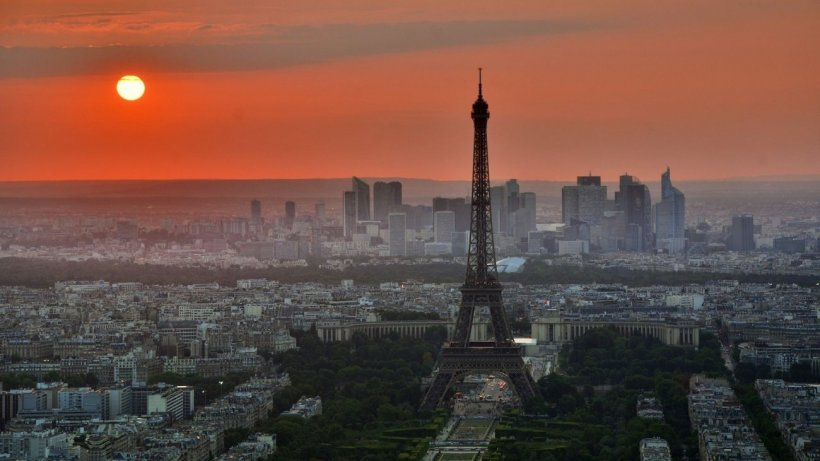 Europa, măturată de fenomene meteo extreme! În Franţa, s-au depăşit 40 de grade la umbră