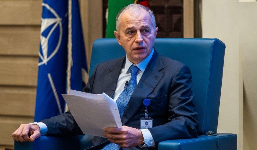 """Mircea Geoană, Secretarul General Adjunct al NATO: """"România poate profita din plin după această criză"""""""