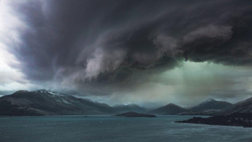Avertisment de la meteorologi: ''Este foarte periculos de mers în această perioadă!''