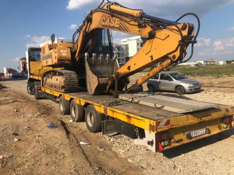 Servicii de tractări auto, transport auto, utilaje și echipamente și asistență rutieră prin RomTractări
