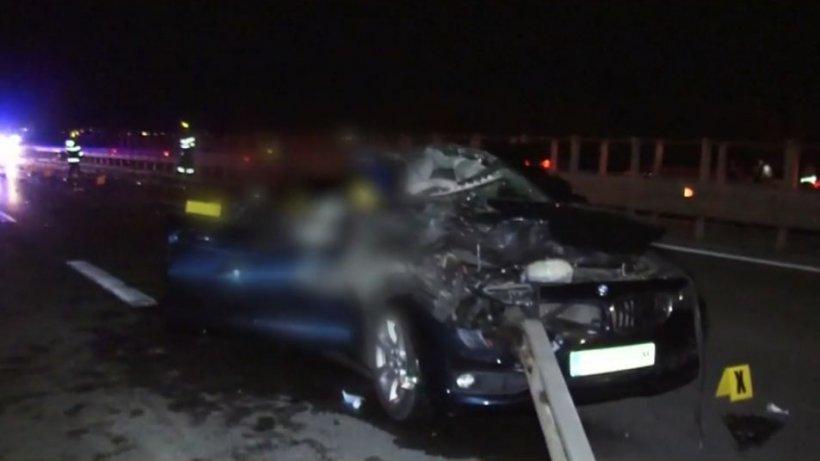 Tânără mămică și fetița ei, ucise de un șofer de TIR care a întors pe autostrada A1, în Argeș
