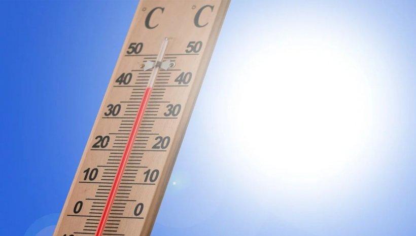 Caniculă şi disconfort termic în aproape toată ţara. Când scăpăm de temperaturile de 37 de grade