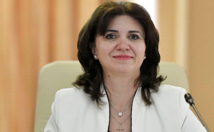 Ministrul Educaţiei: Sunt 836 de şcoli cu toalete în curte