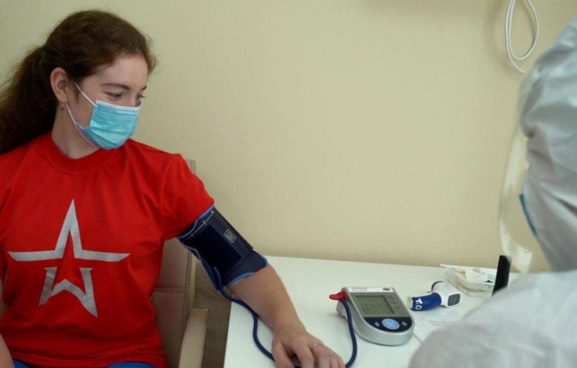 Încă un medic român a murit din cauza COVID-19