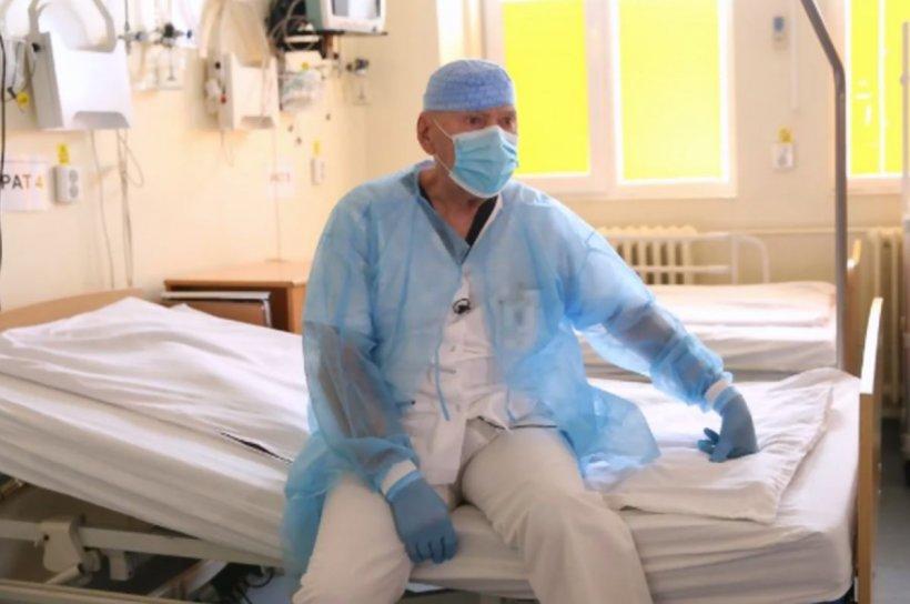 """Un medic în vârstă de 80 de ani s-a mutat în spitalul din Rovinari: """"Sunt pregătit să fiu de ajutor"""""""