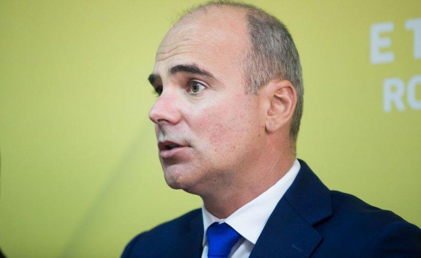"""Rareș Bogdan, convins să își trimită copilul la școală: """"Pandemia va ține mult și bine"""""""