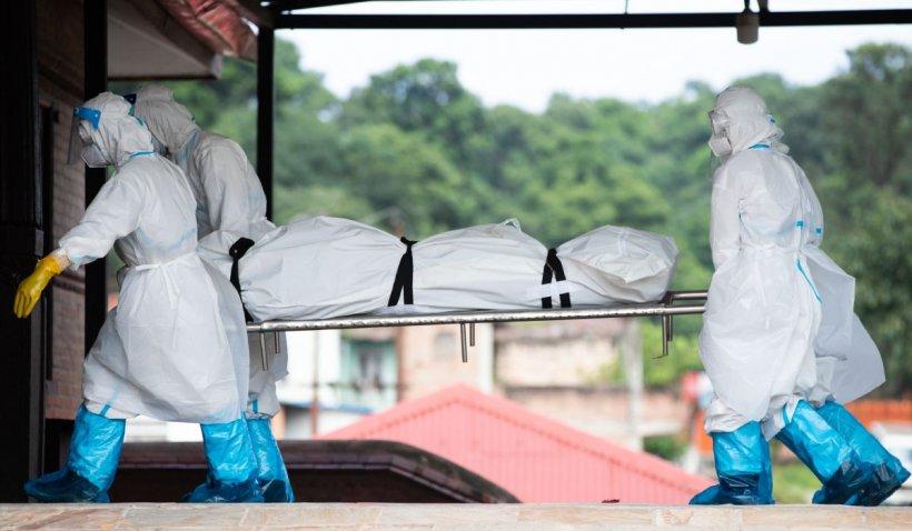Peste 900.000 de oameni au murit până acum, din cauza coronavirusului. Topul ţărilor cu cele mai multe decese