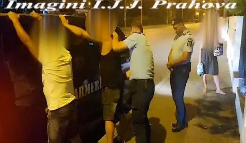 Patru tineri s-au luat la bătaie pe o stradă din Ploiești, chiar în fața sediului Jandarmeriei