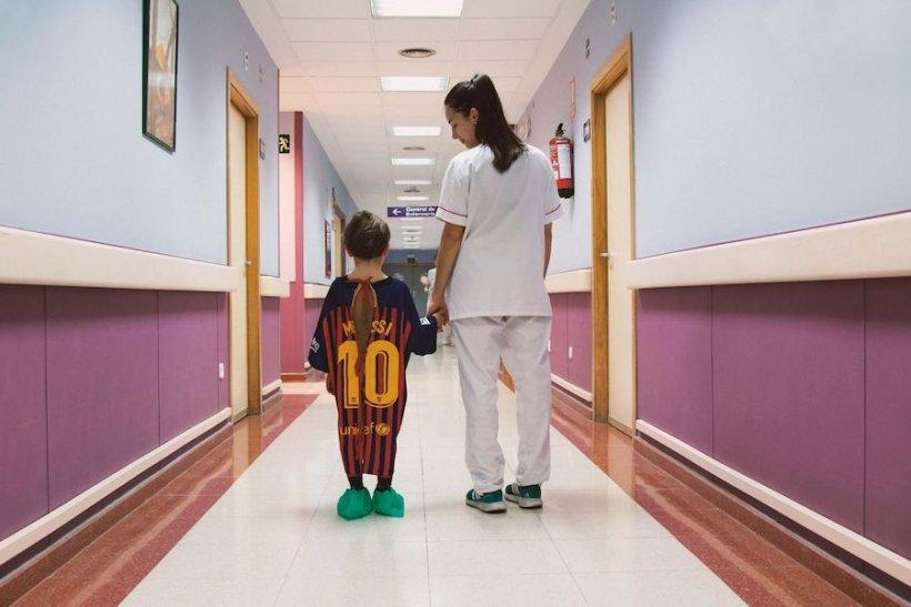 """Cum ne dăm seama că este bolnav copilul: Medic: """"Acesta este primul lucru pe care trebuie să-l facă părinții"""""""