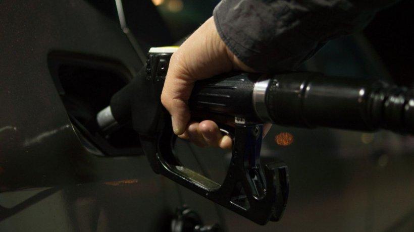 De unde poți cumpăra cea mai ieftină benzină în România, cu doar 0.1% adaos comercial