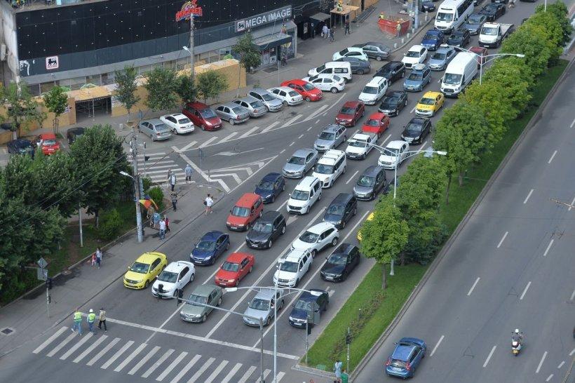 Noi reguli de circulație în Capitală! Pe 22 de artere secundare se vor institui sensuri unice