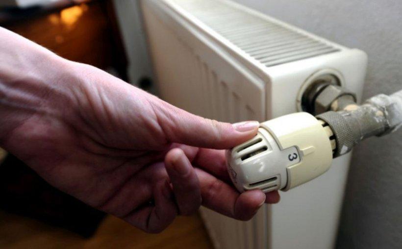 Cum trebuie să fie repartitoarele de căldură. Amenzi pentru românii care stau la bloc şi nu respectă legea