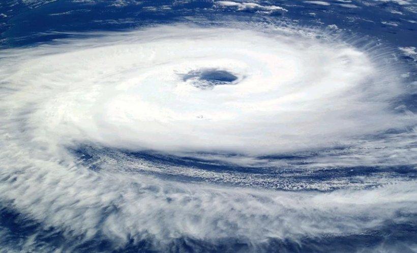Grecia e devastată de fenomene extreme! Rafalele de vârf ar putea depăși 200 km/h în această seară