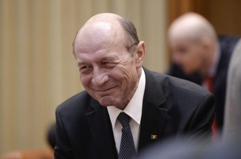 """Băsescu îşi recunoaşte înfrângerea înainte de alegerile pentru Capitală: """"Şansele mele sunt minime"""""""